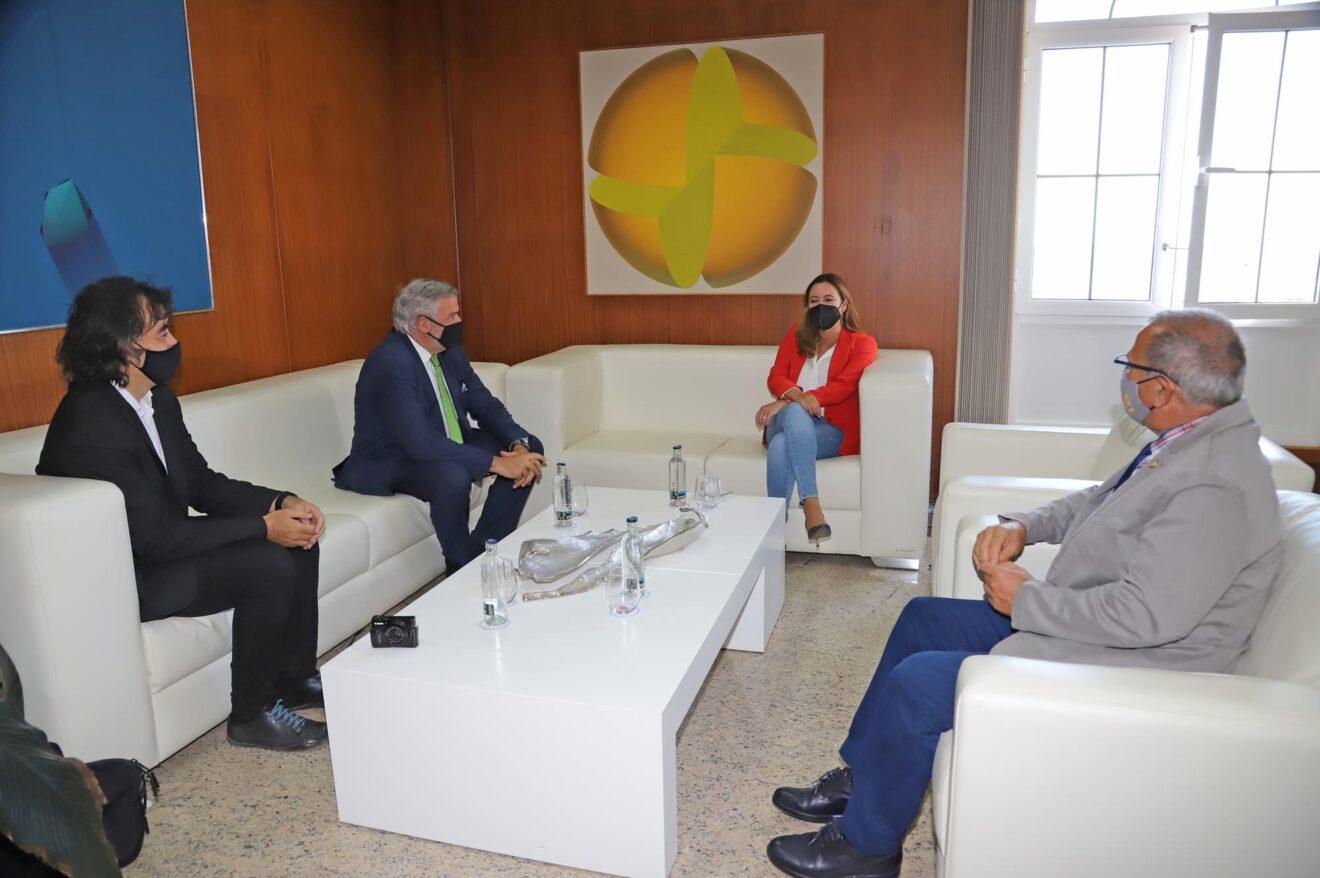 Recepción con D.LLuís Serra, Rector de la Universidad de Las Palmas (6)