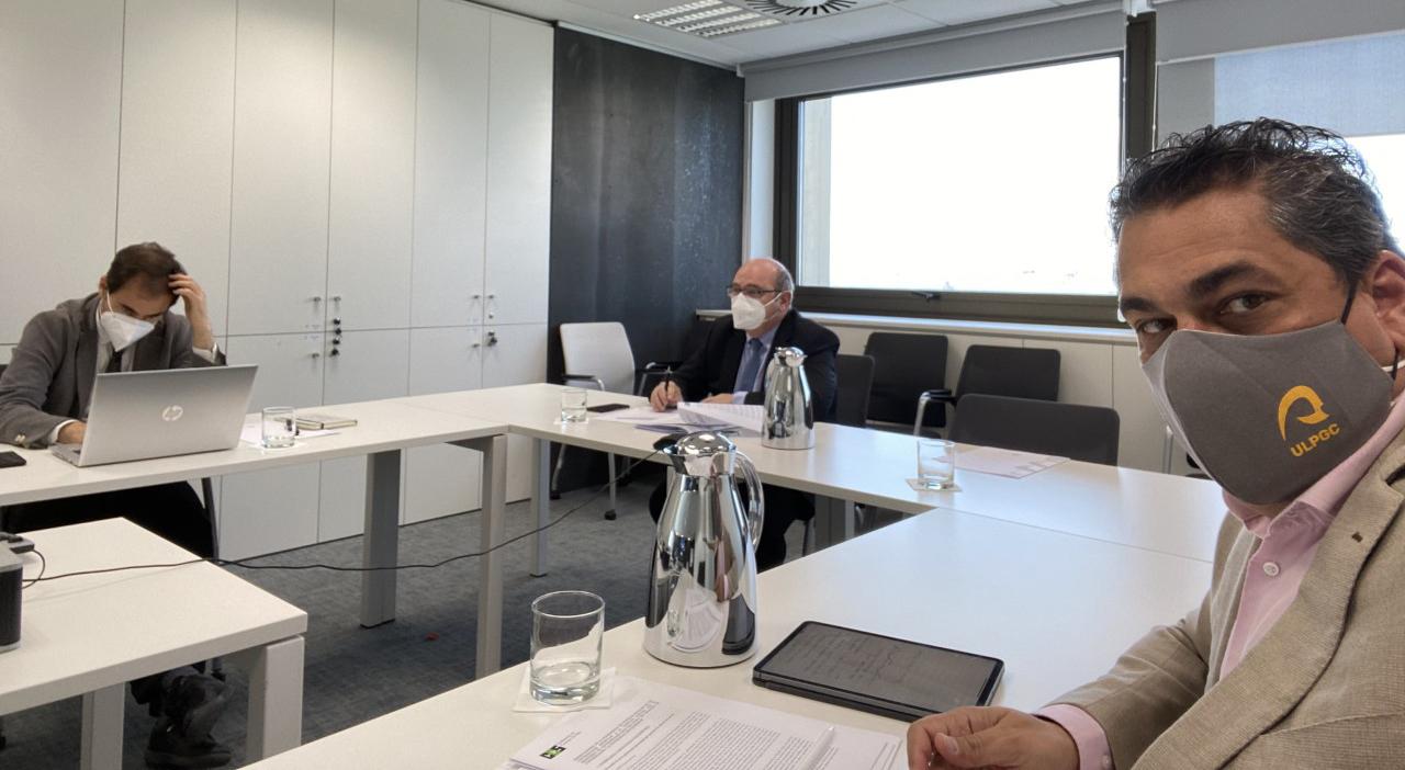 Reunión con secretario general universidades