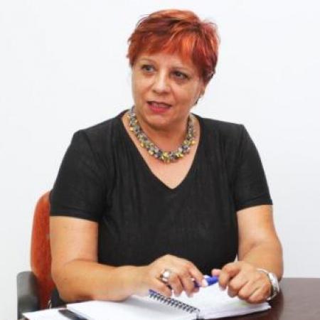 Dña. Carmen Rosa Márquez Aguilar