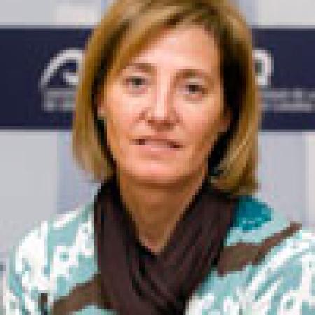 Dña. Carmen Salinero Alonso
