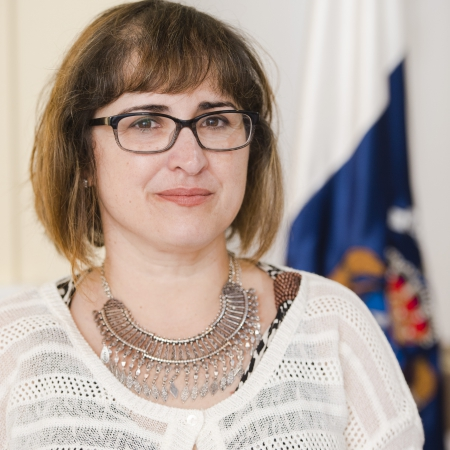 Dña. Rosa Elena García Meneses