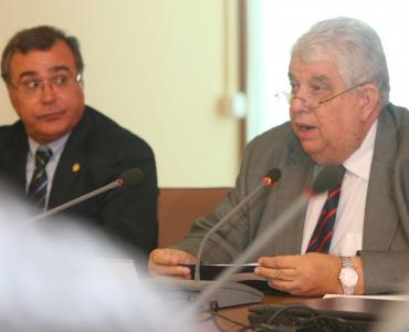 El Consejo de Gobierno de la ULPGC distingue, por unanimidad, a Lothar Siemens con la medalla de la Universidad